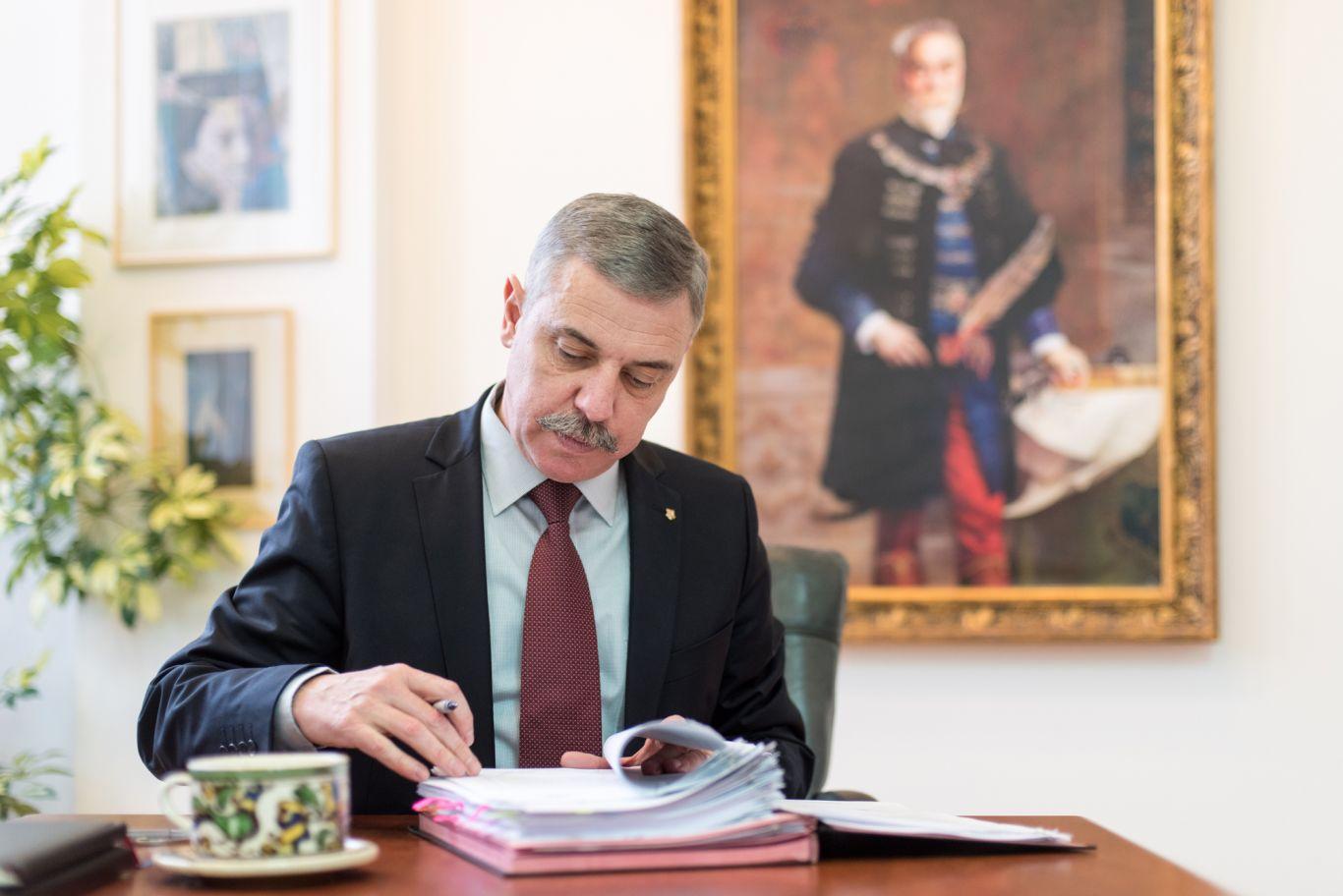 De la turism până la infrastructură - Interviu cu Tamás Sándor, preşedintele Consiliului Judeţean Covasna