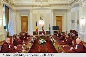 Iordache îi îndeamnă pe protestatari să citească cu atenție textul OUG pentru modificarea Codurilor penale